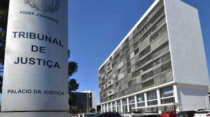 Servidores do Judiciário podem entrar em greve