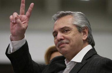 A ARGENTINA COMEÇA A TRILHAR O RUMO DA VENEZUELA – DIZ BOLSONARO