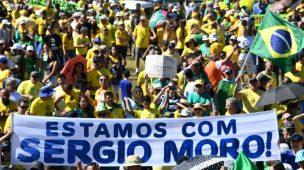 EM PROCESSO DE FRITURA, 52% DOS BRASILEIROS QUEREM QUE SÉRGIO MORO CONTINUE MINISTRO