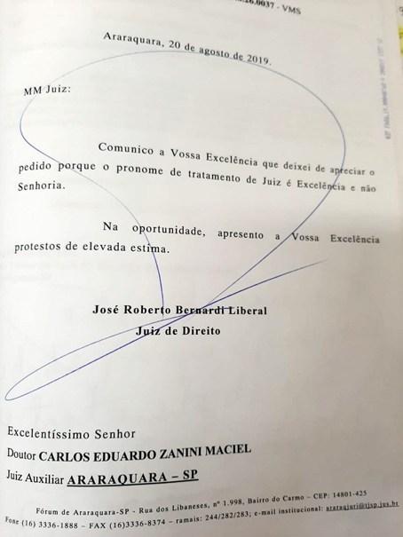 JUIZ DEVOLVE PROCESSO PORQUE NÃO FOI CHAMADO DE EXCELÊNCIA