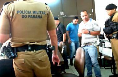 POLICIAIS ENTRAM NA PREFEITURA DE ANDIRÁ E PRENDEM EMPRESÁRIOS DURANTE PREGÃO