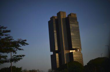 INSTITUIÇÕES ELEVAM PELA SÉTIMA VEZ ESTIMATIVA DE INFLAÇÃO