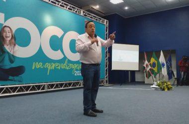 DEPUTADO PARTICIPA DE EVENTO DE PREPARAÇÃO DO ANO LETIVO