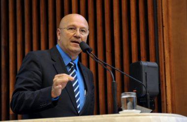 ROMANELLI CRITICA BOLSONARO POR VÍDEO CONTRA O CONGRESSO