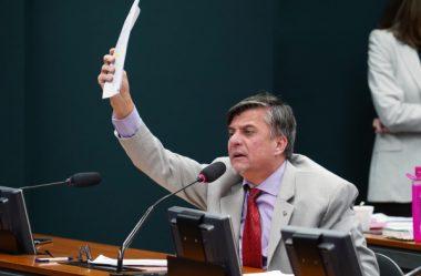DEPUTADO DO RP PROPÕE AMPUTAÇÃO DAS MÃOS DE POLÍTICOS CORRUPTOS