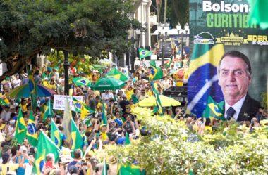 CURITIBANOS PARTICIPAM DE ATO PRÓ-BOLSONARO