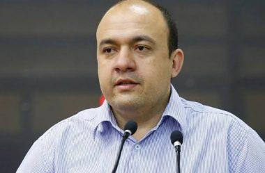 SECRETÁRIO DE SAÚDE DE MARINGÁ DIZ QUE PREFEITURA COMPRA PRODUTOS SUPERFATURADOS