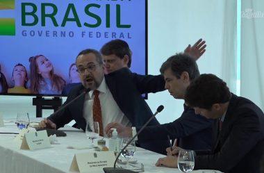 CELSO VÊ 'APARENTE PRÁTICA CRIMINOSA' DE WEINTRAUB EM MENÇÃO AO STF