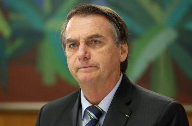 BOLSONARO DEFENDE PUNIÇÃO A MILITARES QUE RECEBERAM AUXÍLIO EMERGENCIAL INDEVIDO
