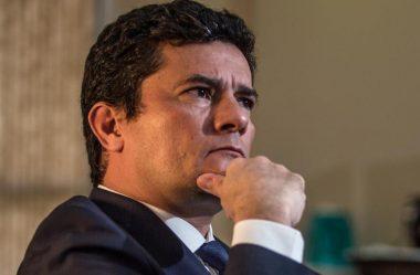 MORO DIZ QUE BRASIL PRECISA DOS MILITARES, MAS NÃO DE SEUS FUZIS