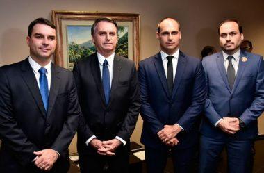 HACKERS VAZAM SUPOSTOS DADOS DE BOLSONARO, FILHOS E APOIADORES