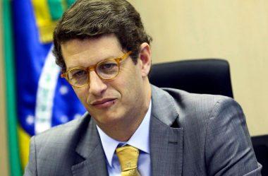 UMA PANDEMIA DE DESTRUIÇÃO E DE MORTE AMEAÇA A NATUREZA