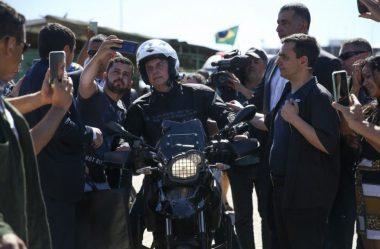 BOLSONARO ANALISA CONCEDER ISENÇÃO DE PAGAMENTO DE PEDÁGIOS A MOTOS