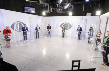 CANDIDATOS A PREFEITO DE CURITIBA PARTICIPAM DE SEGUNDA PARTE DO DEBATE