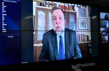 FLÁVIO ARNS PROPÕE DEDUÇÃO NO IMPOSTO DE RENDA PARA PROFISSIONAIS LIBERAIS