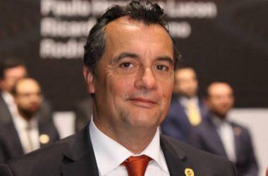 DESEMBARGADOR JOSÉ LAURINDO DE SOUZA NETTO É ELEITO PRESIDENTE DO TJ-PR