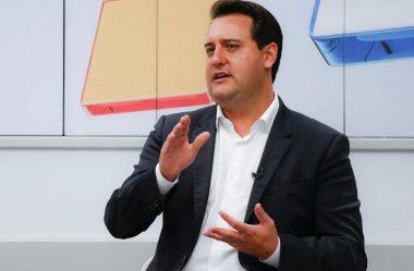 """""""GANHAMOS TODAS AS GUERRAS COM A APP"""", DIZ RATINHO JR SOBRE VOLTA ÀS AULAS NO PR"""