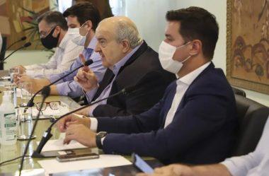 """GRECA DIZ QUE VAI RECORRER DE DECISÃO QUE SUSPENDE O TRANSPORTE COLETIVO: """"SANDICE"""""""