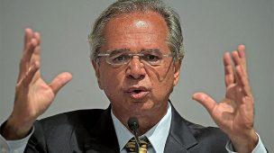 ECONOMISTAS APONTAM INFLAÇÃO SOB CONTROLE E JUROS CAINDO AINDA MAIS
