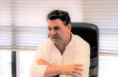 PREFEITO DE ARAPONGAS MANDA RECADO FORTE AO GOVERNO RATINHO