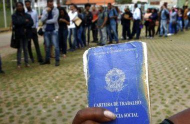 DESEMPREGO AINDA ATINGE 11,9 MILHÕES, DIZ IBGE