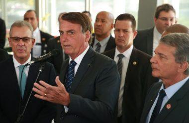 BOLSONARO RECEBE DIRETOR DE ITAIPU PARA DISCUTIR SOBRE ENERGIA