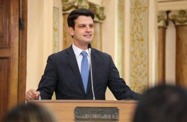 VICE DE GRECA SE FILIA AO PSD; PARTIDO GARANTE QUE LEPREVOST SEGUE PRÉ-CANDIDATO