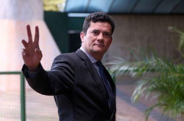 MORO PEDE DEMISSÃO, DIZ A FOLHA DE S. PAULO; BOLSONARO TENTA REVERTER