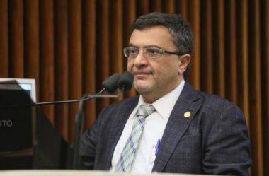 VICE-PRESIDENTE DA COMISSÃO DE SAÚDE COBRA URGÊNCIA NO REPASSE PARA SANTAS CASAS E HOSPITAIS