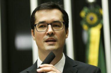 DELTAN DALLAGNOL DEIXA A FORÇA-TAREFA LAVA JATO