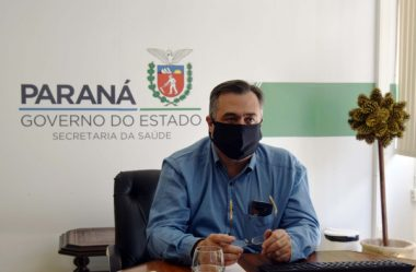 SECRETÁRIO DA SAÚDE AFIRMA QUE VACINAÇÃO PODE COMEÇAR EM JANEIRO NO PARANÁ