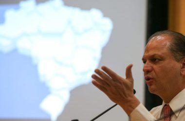 BARROS QUER BOLSA FAMÍLIA AMPLIADO E COM EXIGÊNCIA DE MAIS CONTRAPARTIDAS