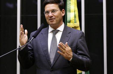 BOLSONARO ESCOLHE JOÃO ROMA COMO O NOVO MINISTRO DA CIDADANIA