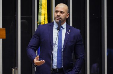 CONSELHO DE ÉTICA DA CÂMARA MANTÉM A PROCESSO CONTRA DANIEL SILVEIRA