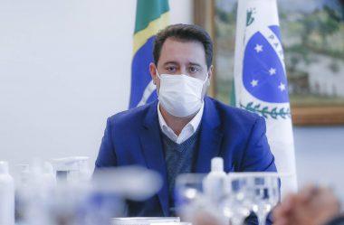 NOVO DECRETO PASSA TOQUE DE RECOLHER PARA 20 HORAS E MUDA HORÁRIOS DO COMÉRCIO
