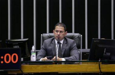"""""""NÃO EXISTEM VOTOS PARA ABERTURA DE IMPEACHMENT"""", AFIRMA VICE-PRESIDENTE DA CÂMARA"""
