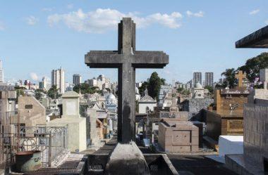 FALTANDO TRÊS MESES PARA O FIM DO ANO, 2021 BATE RECORDE DE MORTES NO PARANÁ